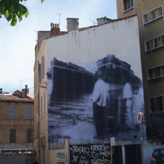 Le paquebot Toba Maru amarré à un quai à Marseille. Année 20-30 7 Rue Amable Richier