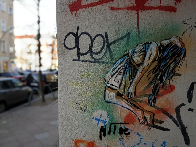 Street Art Berlin (11) Alice