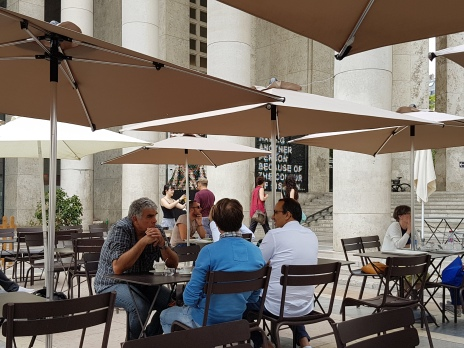 Le Cafe (1)