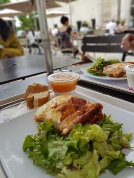 Le Cafe (2)