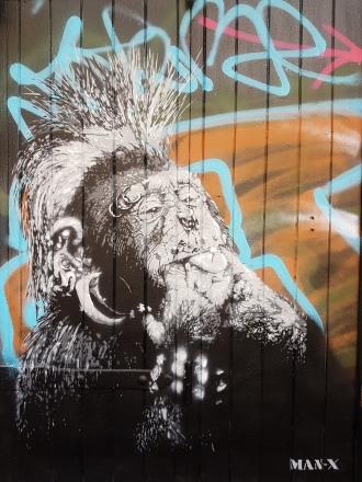 Marseille_streetart_Man X 2