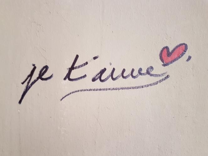 street art paris In love street art